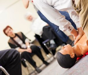 training_first_aid_at_work_580x492px